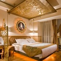 6 sultania hotel